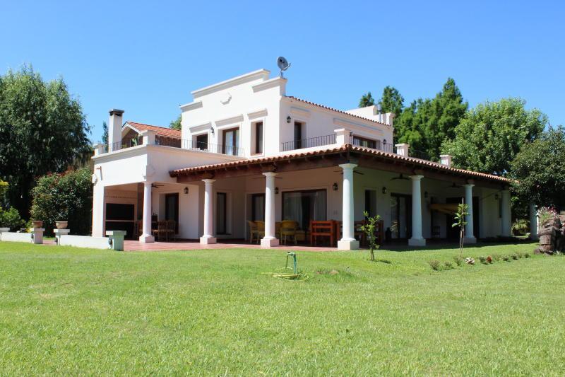 Foto Casa en Alquiler en  Isla Santa Monica,  Countries/B.Cerrado  Isla Santa Mónica - (Lote 72)