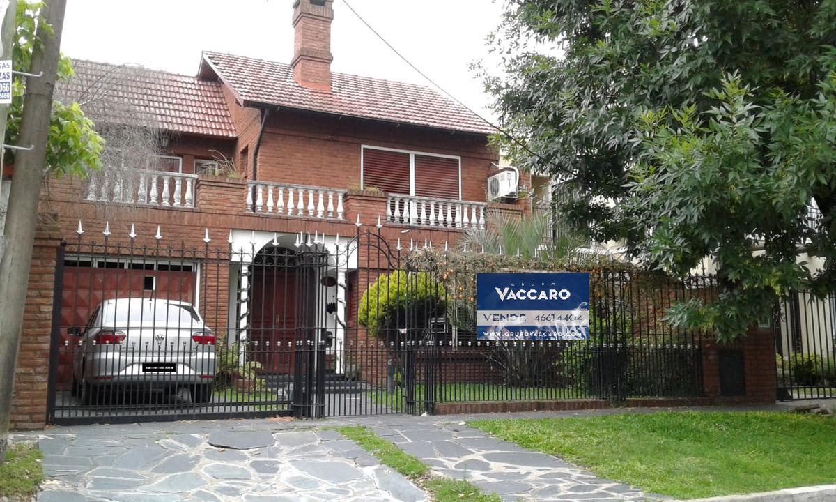 Foto Casa en Venta en Paulino Rojas al 800, Argentina | G.B.A. Zona Oeste | Ituzaingó