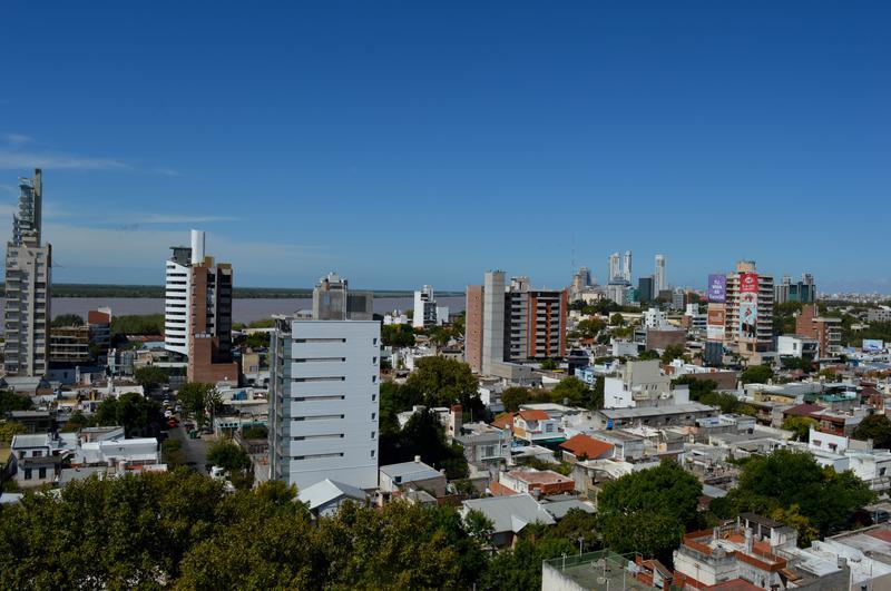 Foto Local en Venta en  Lisandro De La Torre,  Rosario  Jose Ingenieros al 800