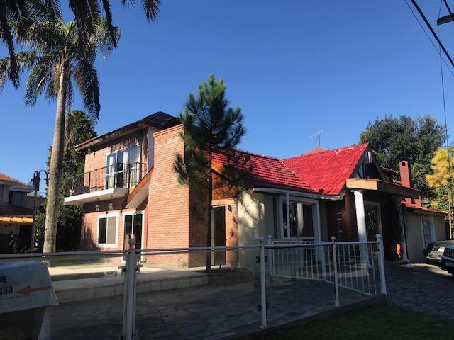 Foto Casa en Venta en  San Miguel De Ghiso,  Countries/B.Cerrado  San Miguel De Ghiso