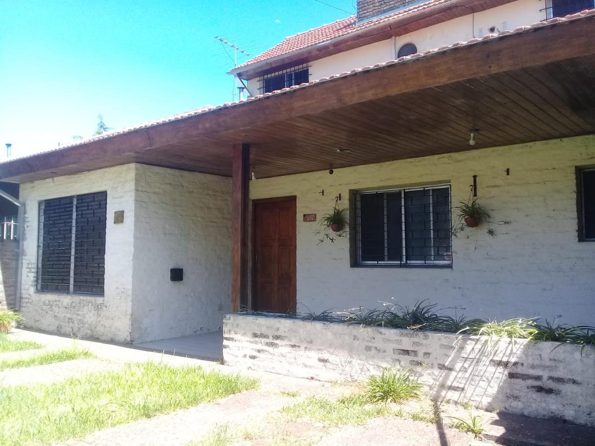 Foto Casa en Alquiler en  El Ombu (Pacheco),  General Pacheco  Primera Junta 276/261