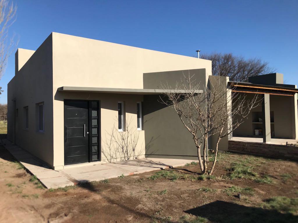 Foto Casa en Venta en  Toay ,  La Pampa  Zorzal al 7200