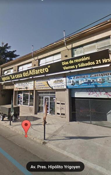 Foto Local en Venta en  Temperley Oeste,  Temperley  Hipolito yrigoyen 10.352
