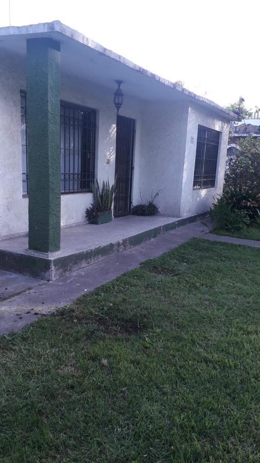 Foto Casa en Venta en  Paso de la Arena ,  Montevideo  Paso de la Arena