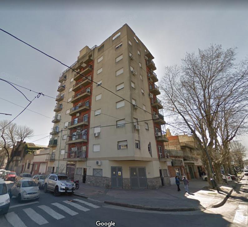 Foto Departamento en Venta en  Pompeya ,  Capital Federal  GUAL al 2392, 5° A