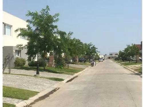 Foto Departamento en Venta en  Benavidez,  Tigre          Anticipo y 60 cuotas. Casa en venta en Casas San Patricio 2 dorms galeria y parrilla