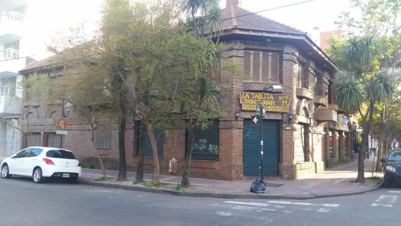 Foto Local en Alquiler en  La Plata ,  G.B.A. Zona Sur  46 y 11