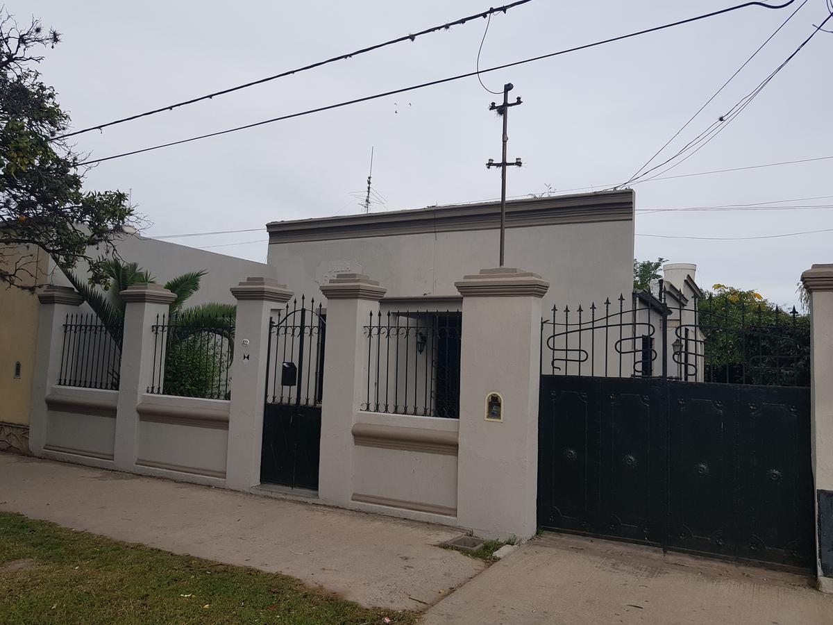 Foto Casa en Venta en  Capilla Del Señor,  Exaltacion De La Cruz  RETASADA - Casa Antigua en el casco urbano