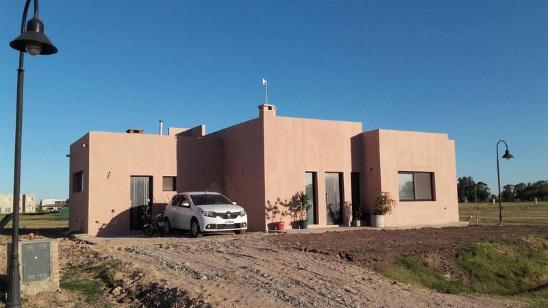 Foto Casa en Venta en  Los Talas ,  Canning  Casa a terminar en barrio privado  Los Talas