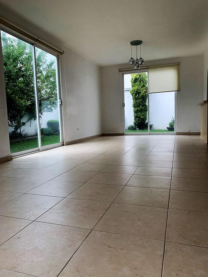Foto Casa en condominio en Renta en  Palma Real,  Metepec  RENTA de Casa con alberca en Condominio en Fraccionamiento Palma Real I, Metepec, Estado de México