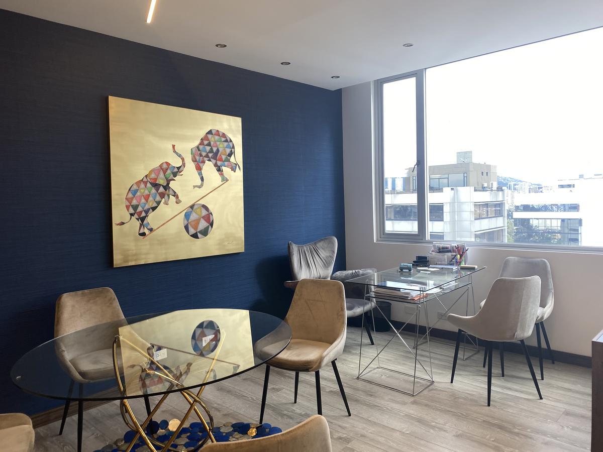 Foto Oficina en Alquiler en  La Carolina,  Quito  AV AMAZONAS