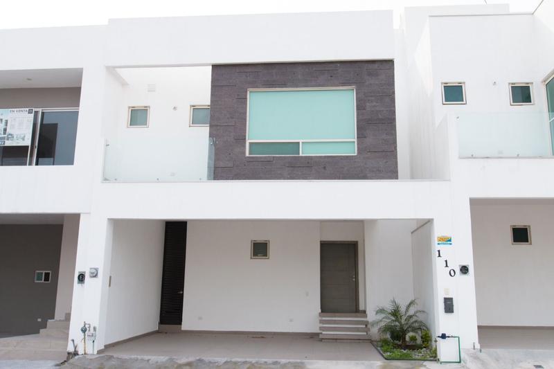 Foto Casa en Renta en  Cumbres Elite Premier,  García  Fraccionamiento Olimpo