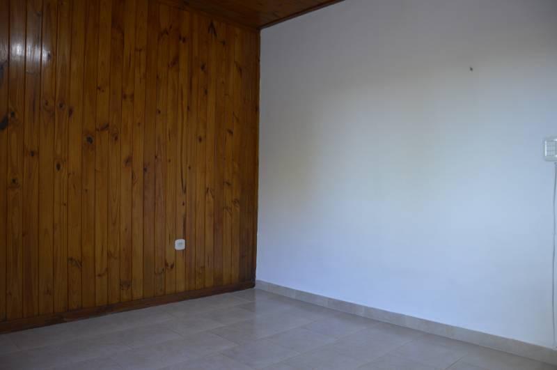 Foto Casa en Venta en  General Belgrano,  General Belgrano  Calle 18 entre 27 y 29 al 100