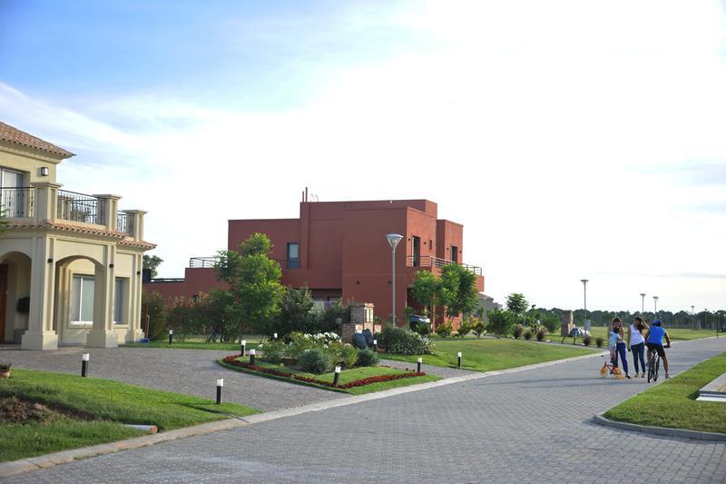 Foto Departamento en Venta en  Valdevez,  Tristan Suarez  Altos de Valdevez - 2 Ambientes