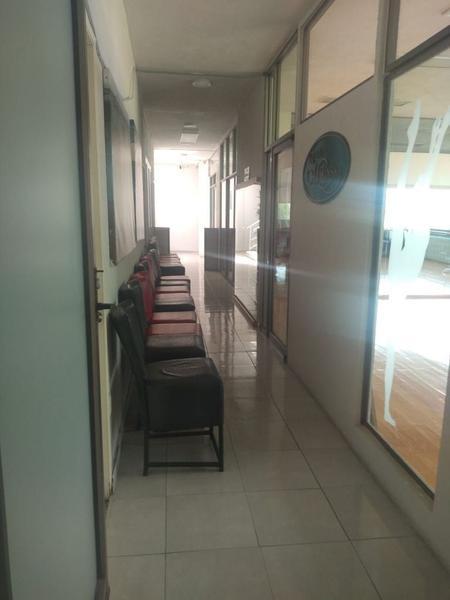 Foto Oficina en Renta en  San Mateo,  Metepec  OFICINAS Y DESPACHOS EN RENTA SOBRE AV PRINCIPAL,  PASEO SAN ISIDRO, METEPEC, ESTADO DE MÉXICO