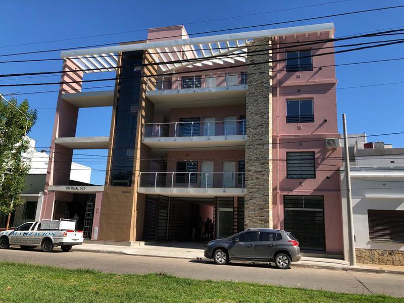 Foto Departamento en Alquiler en  Centro De Lujan,  Lujan  Dr. Real 525 PB 3