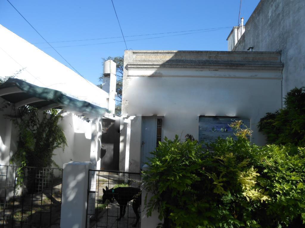 Foto Casa en Venta en  La Plata ,  G.B.A. Zona Sur  42 E/ 21 y 22