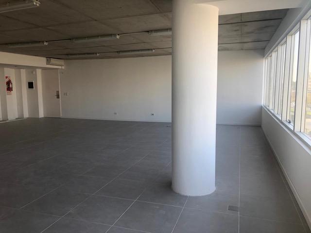 Foto Oficina en Venta en  Puerta Norte,  El Portal  Avenida del Caminante 80