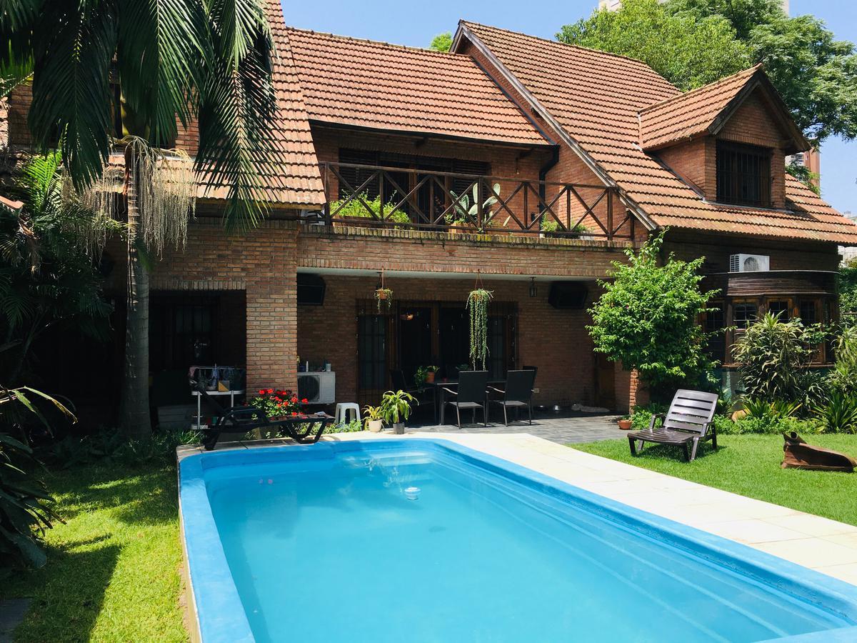 Foto Casa en Venta | Alquiler en  Beccar-Vias/Libert.,  Beccar  Sarandi al 100