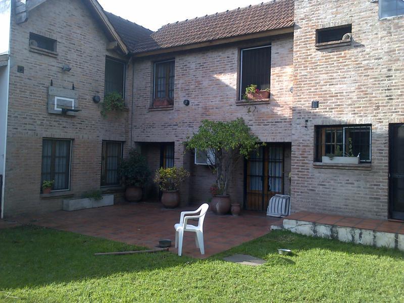 Foto Casa en Venta |  en  San Miguel ,  G.B.A. Zona Norte  Serrano al 2100