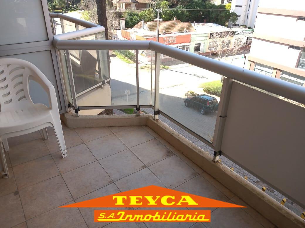 Foto Departamento en Venta en  Centro,  Pinamar  Toninas 98 Esq. Artes