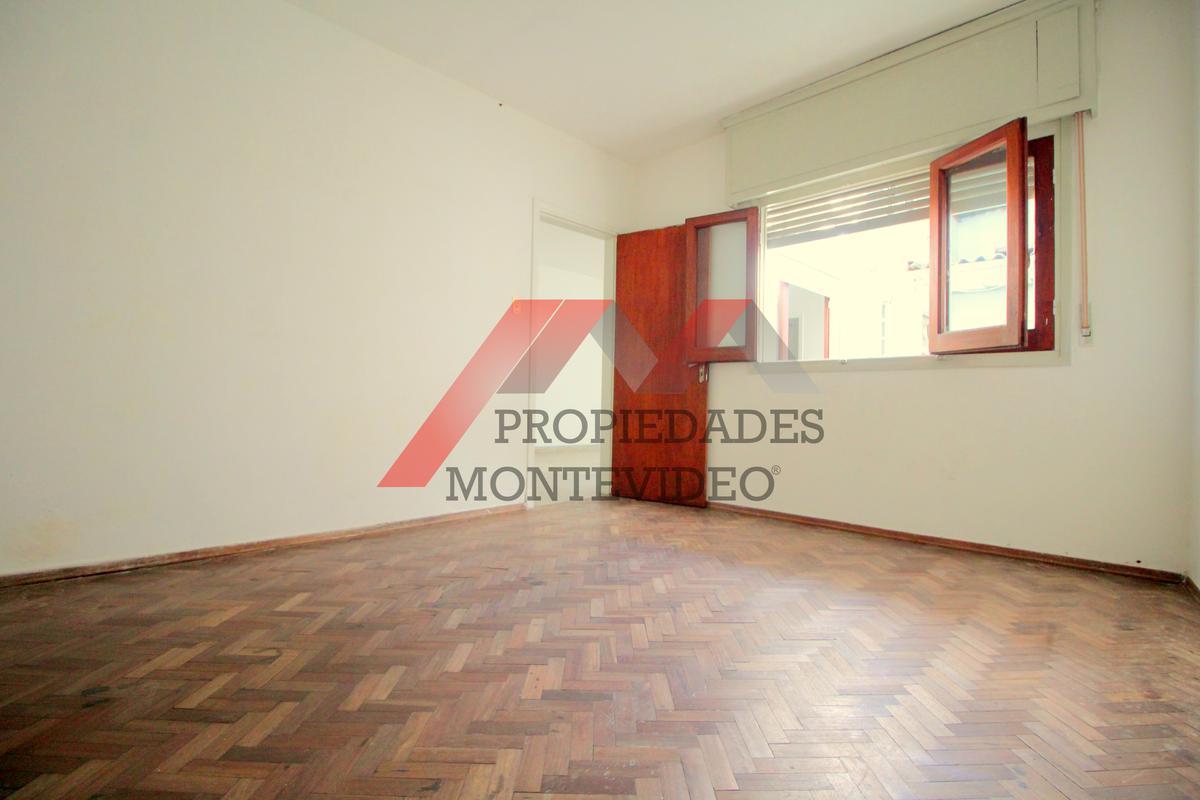 Foto Apartamento en Venta en  Buceo ,  Montevideo  Buceo - Thiebaut al 1800