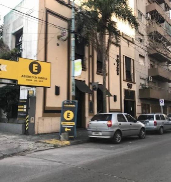 Foto Local en Alquiler en  Quilmes,  Quilmes  Videla  320