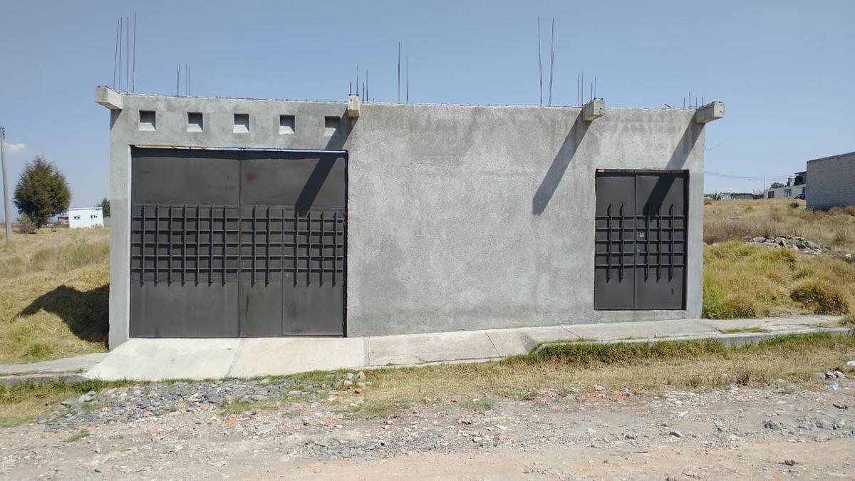 Foto Local en Venta en  Toluca ,  Edo. de México  SALÓN, JARDÍN EN PROYECTO O TERRENO BARDEADO  VENTA EN TOLUCA