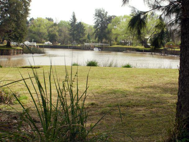 Foto Quinta en Venta en  Canal 2,  Zona Delta San Fernando  Felicaria y Canal 2
