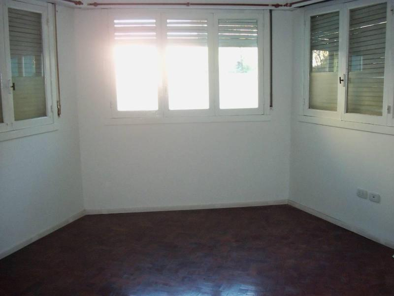 Foto Casa en Venta en  La Plata,  La Plata  63 E/ 3 y 4