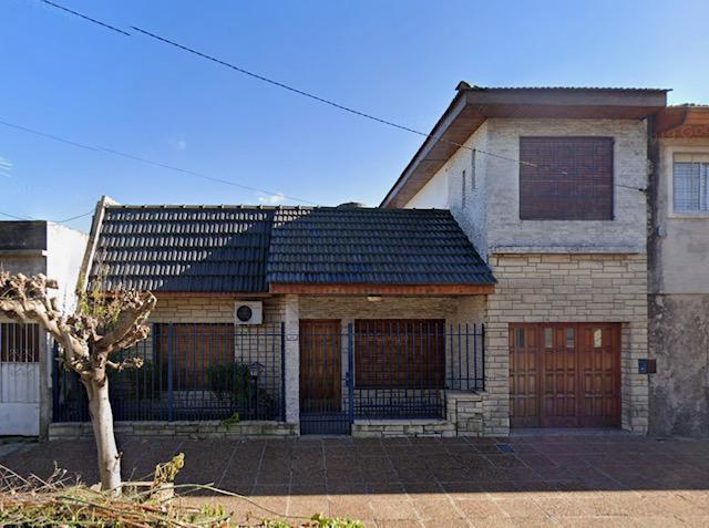 Foto Casa en Alquiler en  Ramos Mejia,  La Matanza  PAEZ al 800