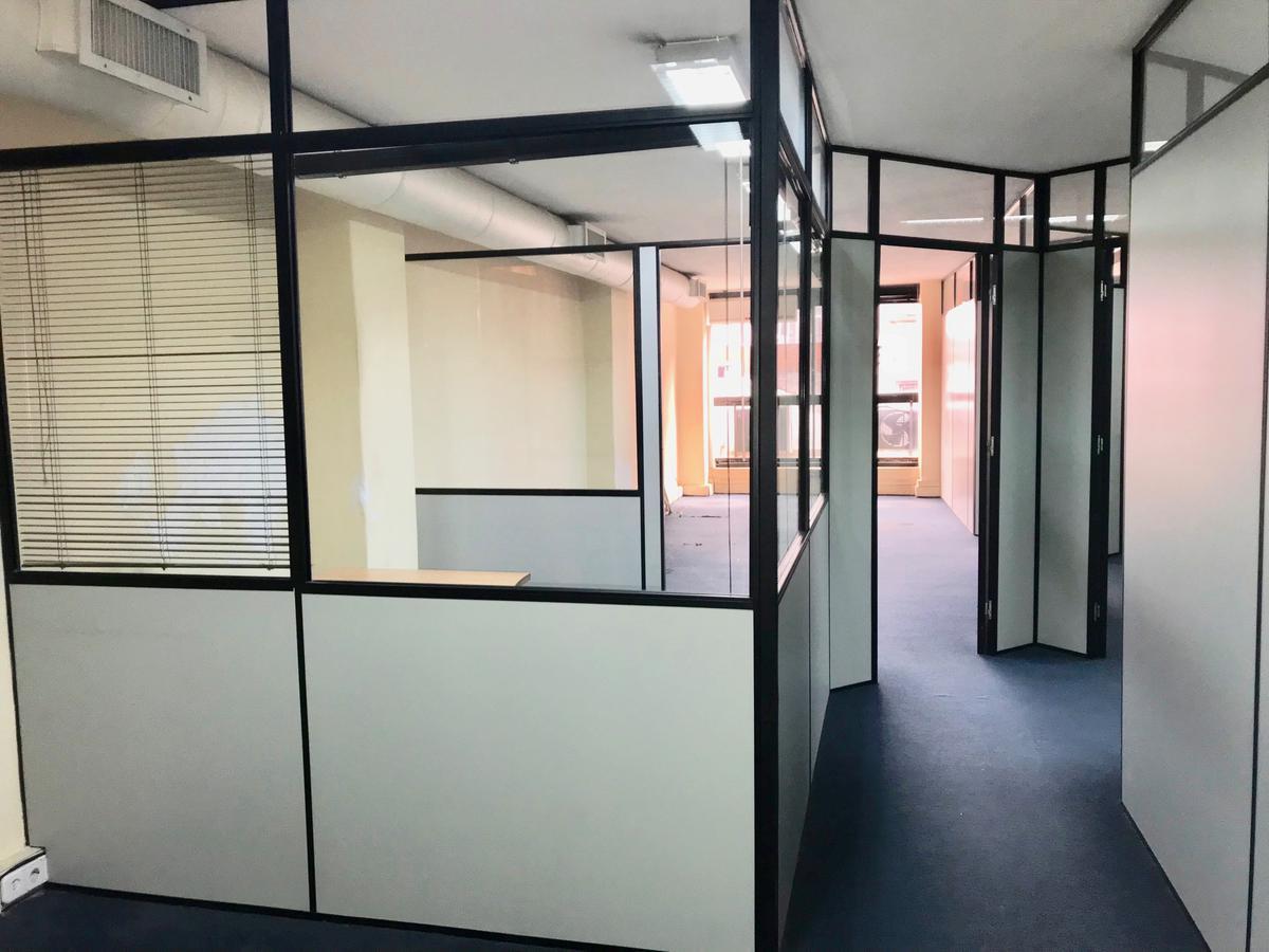 Foto Oficina en Venta en  Ciudad Vieja ,  Montevideo  Cerrito Ciudad Vieja  Piso 2
