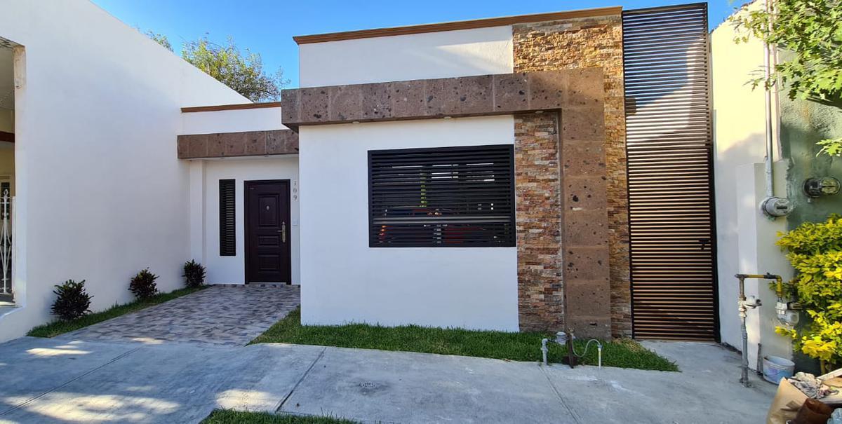 Foto Casa en Venta en  Tacuba,  San Nicolás de los Garza  Tacuba