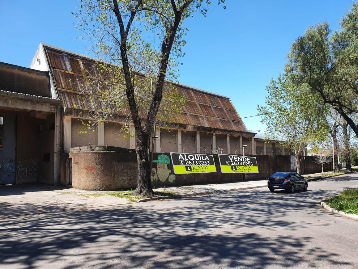 Foto Depósito en Alquiler en  Paso Molino ,  Montevideo   PRÓXIMO A GARZÓN Y SAN QUINTÍN