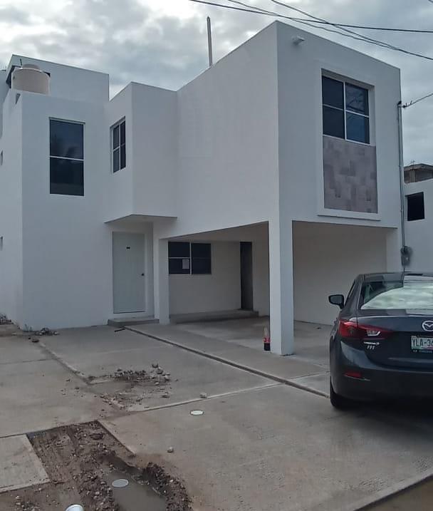 Foto Casa en Venta en  Lucio Blanco,  Ciudad Madero  Amplia y confortable casa en venta en Colonia Lucio Blanco, Ciudad Madero