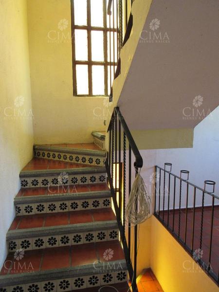 Foto Casa en Venta en  Los Tulipanes,  Cuernavaca  VENTA CASA EN PRIVADA A 5 MIN. DE PLAZA GALERÍAS EN CUERNAVACA - V16