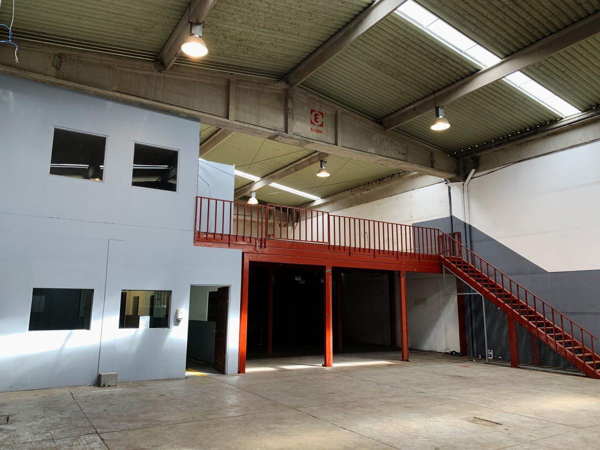 Foto Bodega Industrial en Renta en  Uruca,  San José  La Uruca / 785 m2 / Mezzanine/ Bodega Industrial/ Alt max 8.83 metros