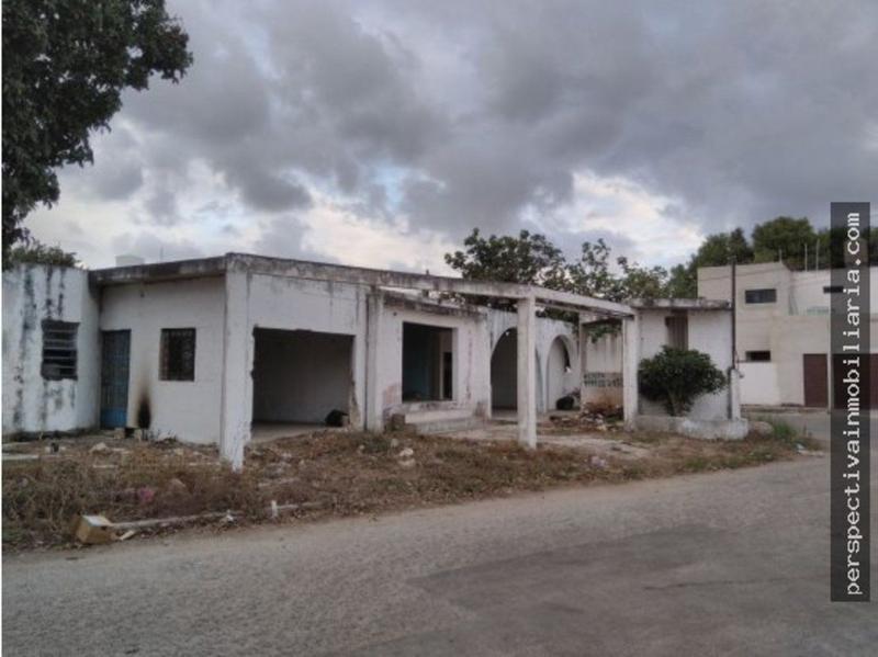 Foto Terreno en Venta en  Pueblo Santa Maria Chi,  Mérida  V6 TERRENO CON CONSTRUCCIÓN POR MACROPLAZA