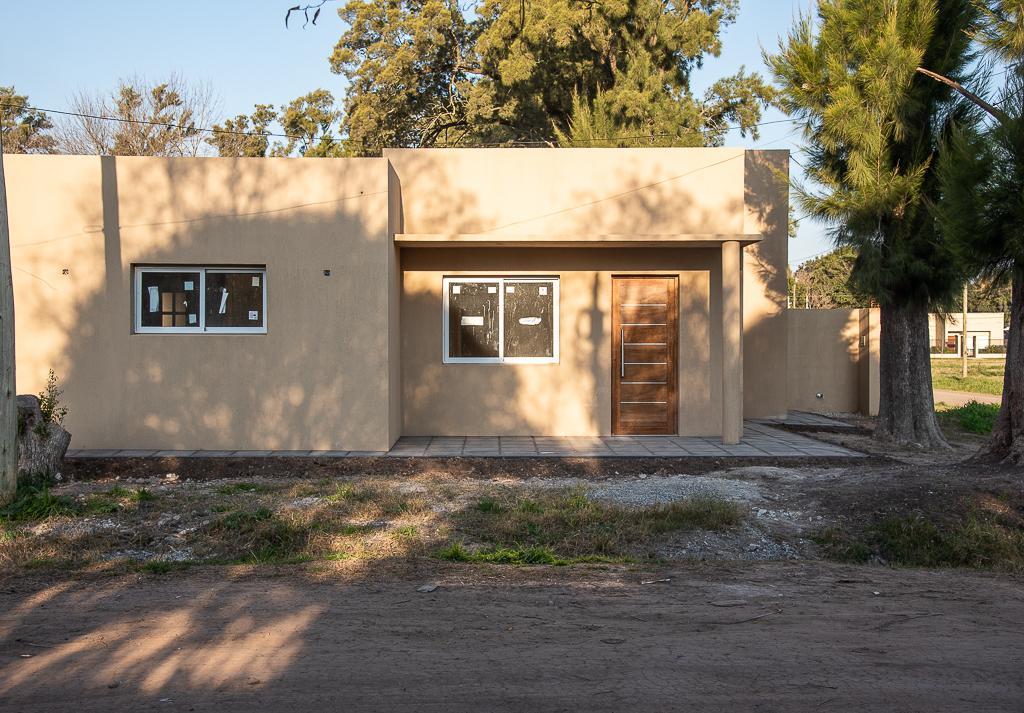 Foto Casa en Venta en  Barrio Parque,  General Belgrano  CALLE 52 Y 131