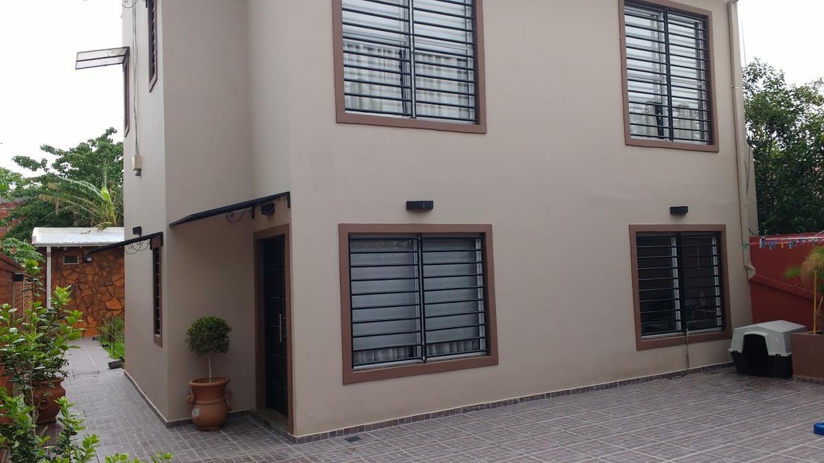 Foto Casa en Venta en  Remedios De Escalada,  Lanus  GONZALEZ BALCARCE al 3600