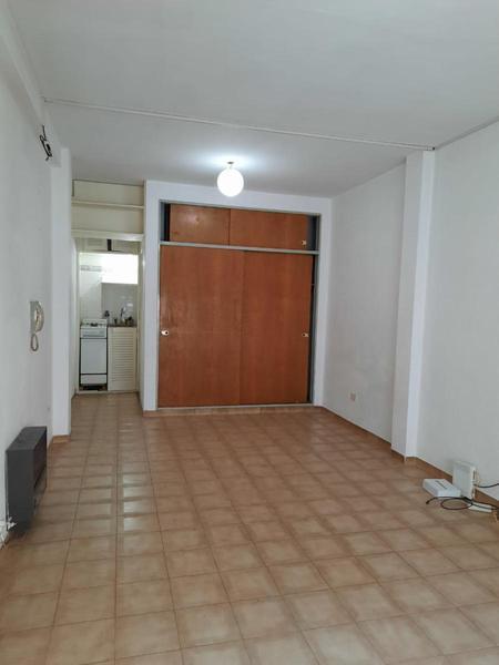 Foto Departamento en Venta en  Castelar Norte,  Castelar  RODRIGUEZ PEÑA 1011