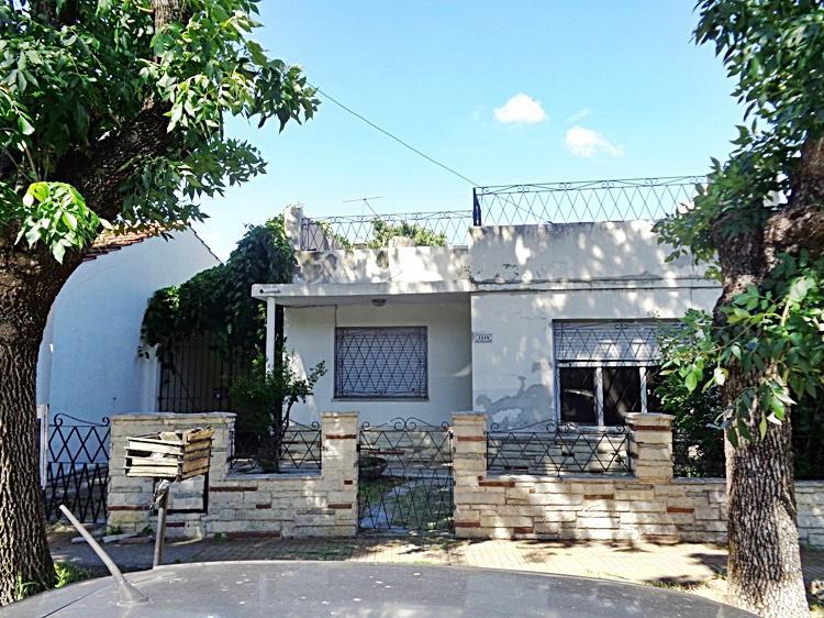 Foto Casa en Venta en  Carapachay,  Vicente Lopez  Triunvirato al 3300