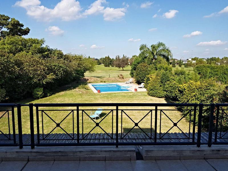 Foto Casa en Venta en  Jockey Club,  Cordoba  Country Jockey Club - Fondo Golf