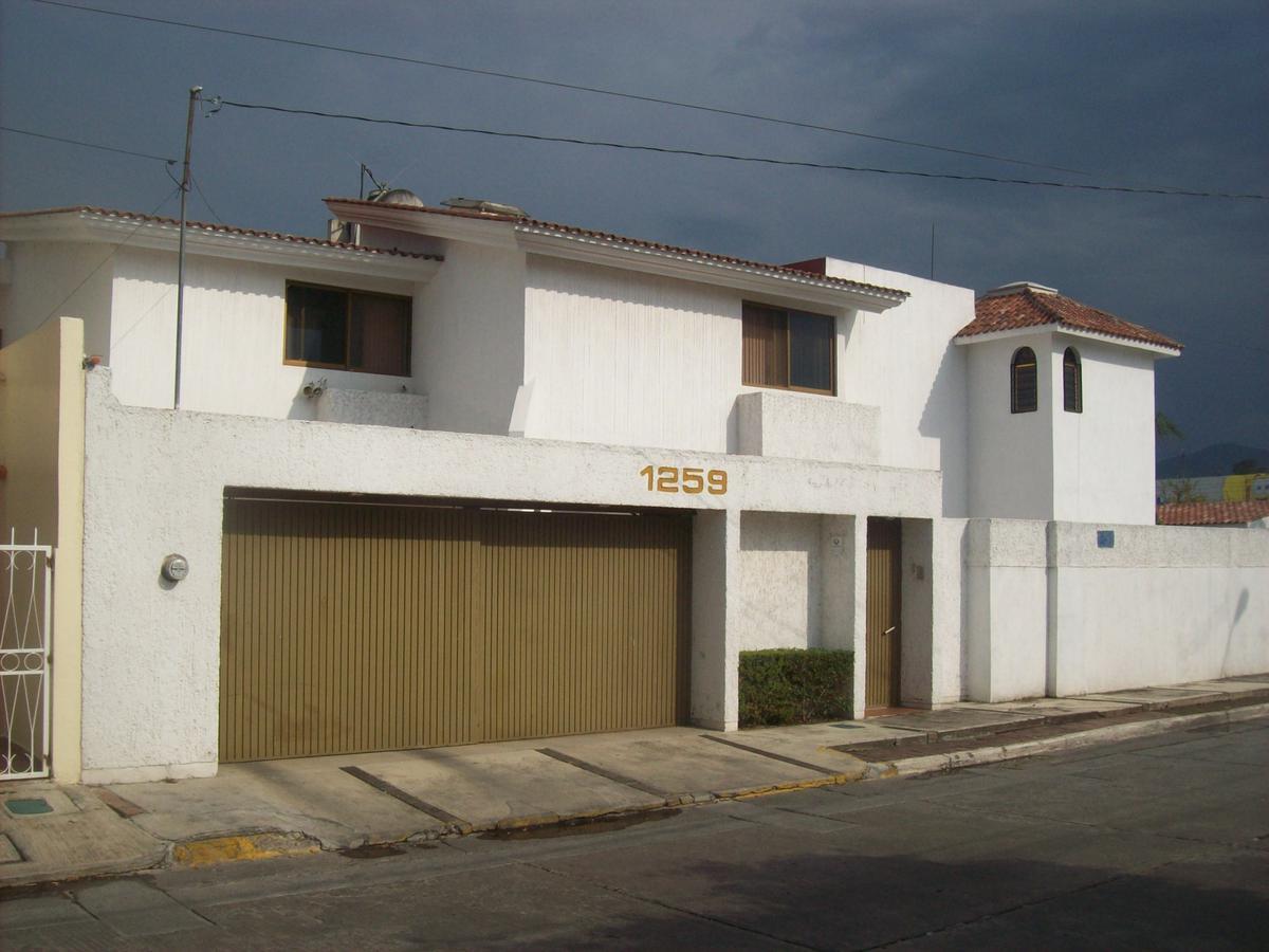 Foto Casa en Venta |  en  Zamora ,  Michoacán  Casa en La Nueva Luneta
