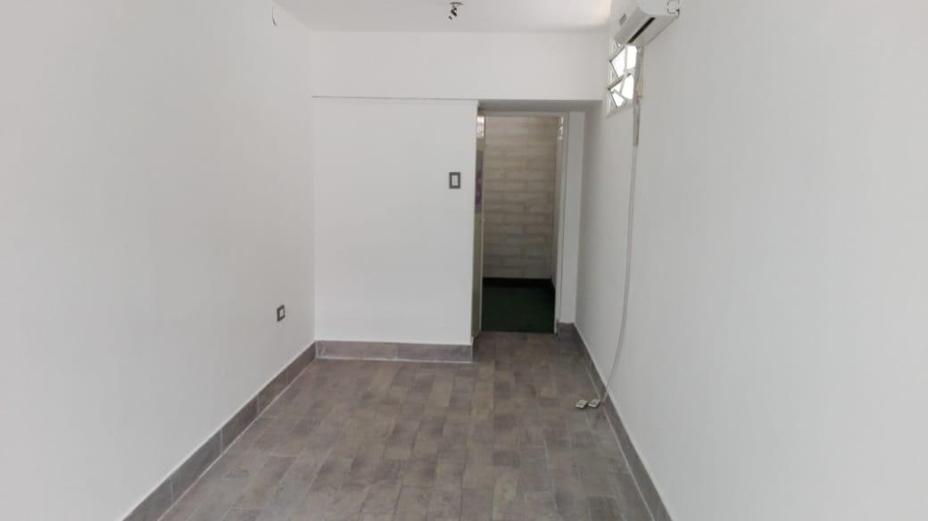 Foto Local en Alquiler en  Echesortu,  Rosario  MENDOZA al 3600