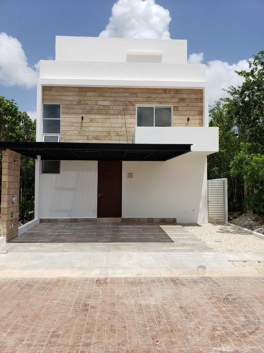Foto Casa en condominio en Venta en  Supermanzana 316,  Cancún  Casa en Venta Cancun Rio by Cumbres, 5 recamaras
