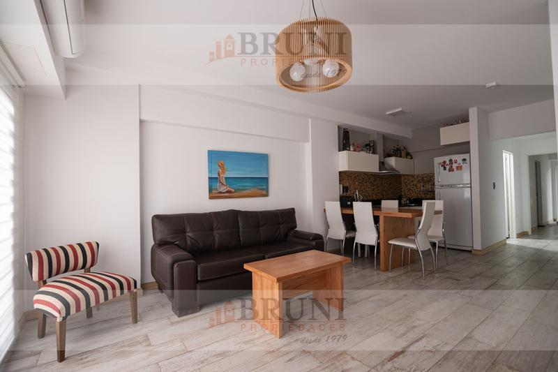 Foto Departamento en Venta en  Caballito ,  Capital Federal  Av. Del Barco Centenera al 400