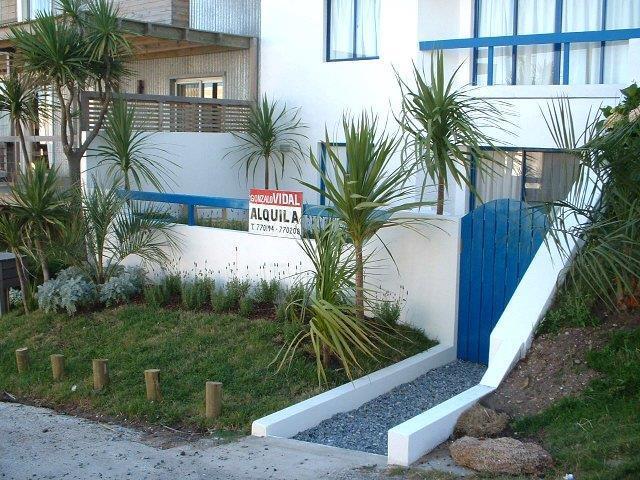 Foto Departamento en Venta | Alquiler temporario en  La Barra ,  Maldonado  Sin Expensas A metros de la playa La Posta