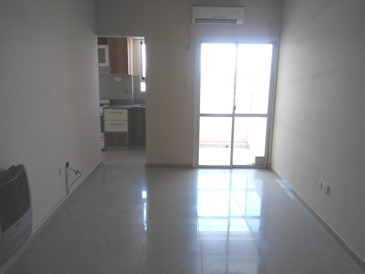 Foto Departamento en Alquiler en  San Miguel De Tucumán,  Capital  Alberdi 100