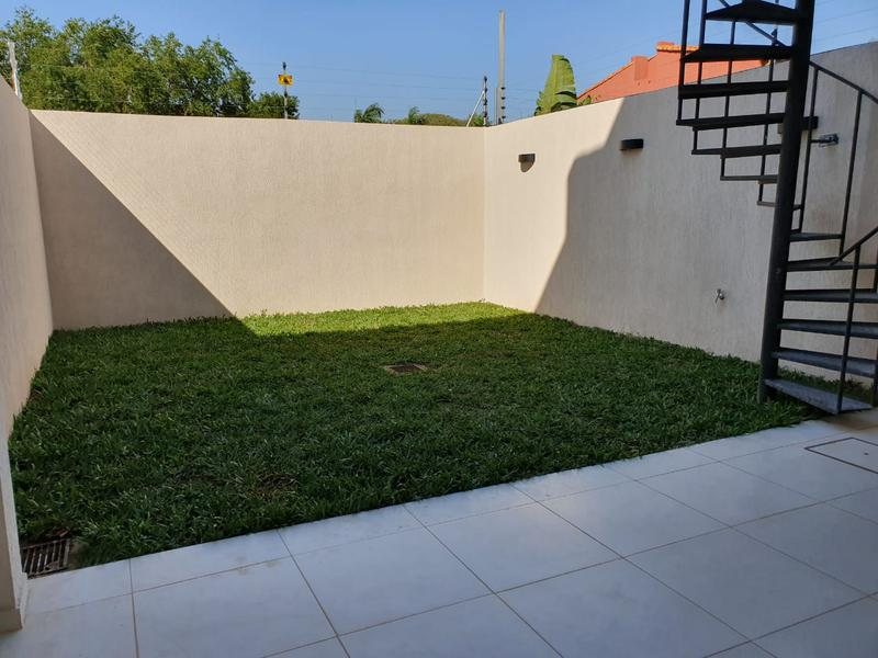 Foto Casa en Alquiler en  1er. Barrio,  Luque  Zona Jardín de Oro